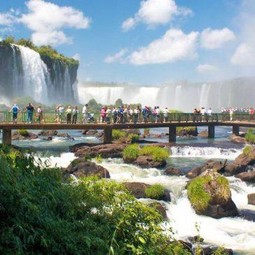 Aluguel de Vans Curitiba para Foz do Iguaçu